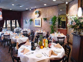 Finestra: See the menu, the review, restaurant hours, location, and more.